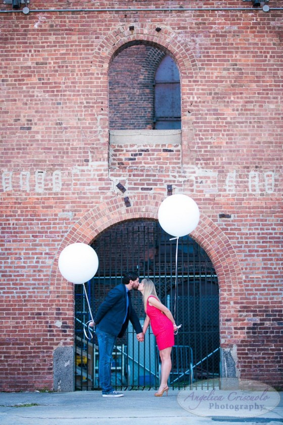 Engagement photography with Balloons in DUMBO