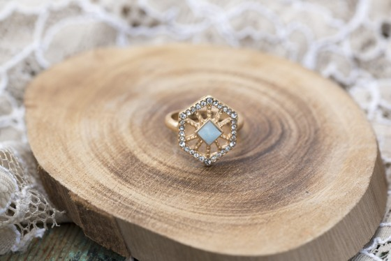 Photo 4 by Lisa Haynes for Wedding Product Photography