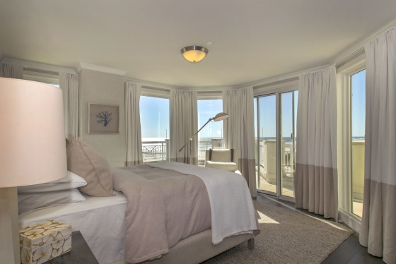 Photo 9 by Real Estate Photography for Diamond Beach Penthouse
