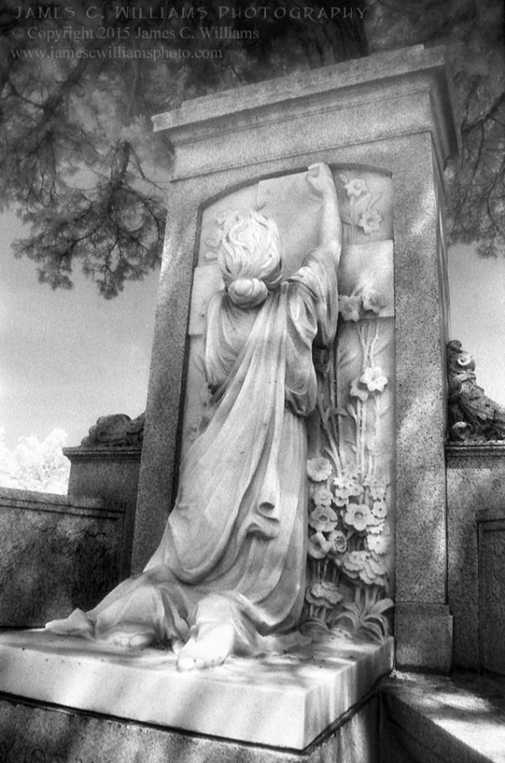 Crying To Heaven Maplewood Cemetery, Wilmington, NC Digital B&W, 2015