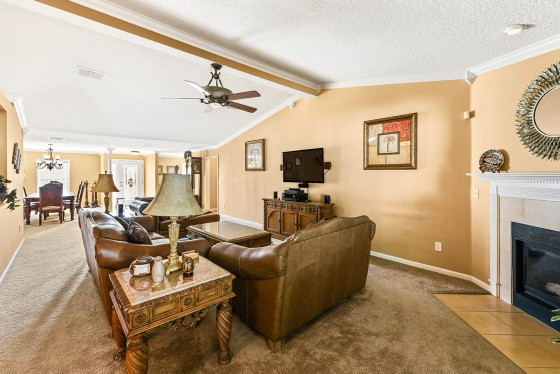 Photo 4 by Kim Lindsey Photography for Real Estate HDR Interiors