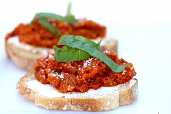 Sun dried tomato crostini recipe.